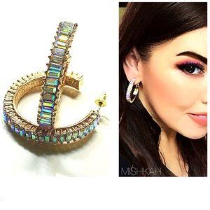 🎉Beautiful Iridescent Gold Hoop Earrings